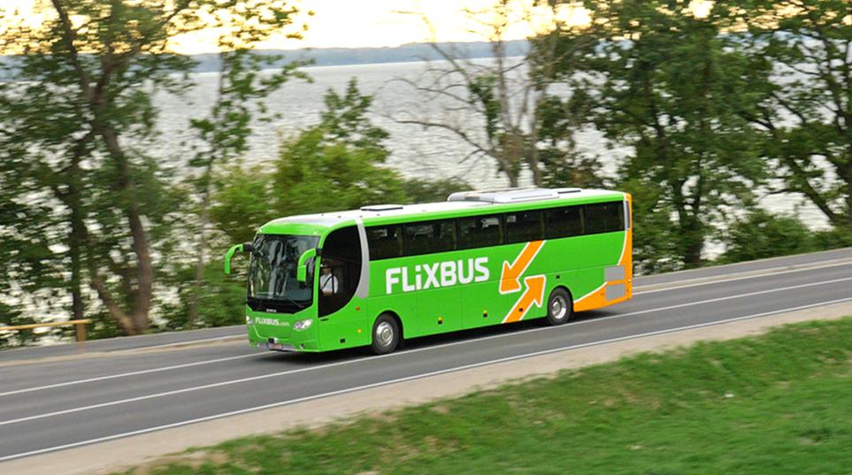 flixbus_bus_on_street